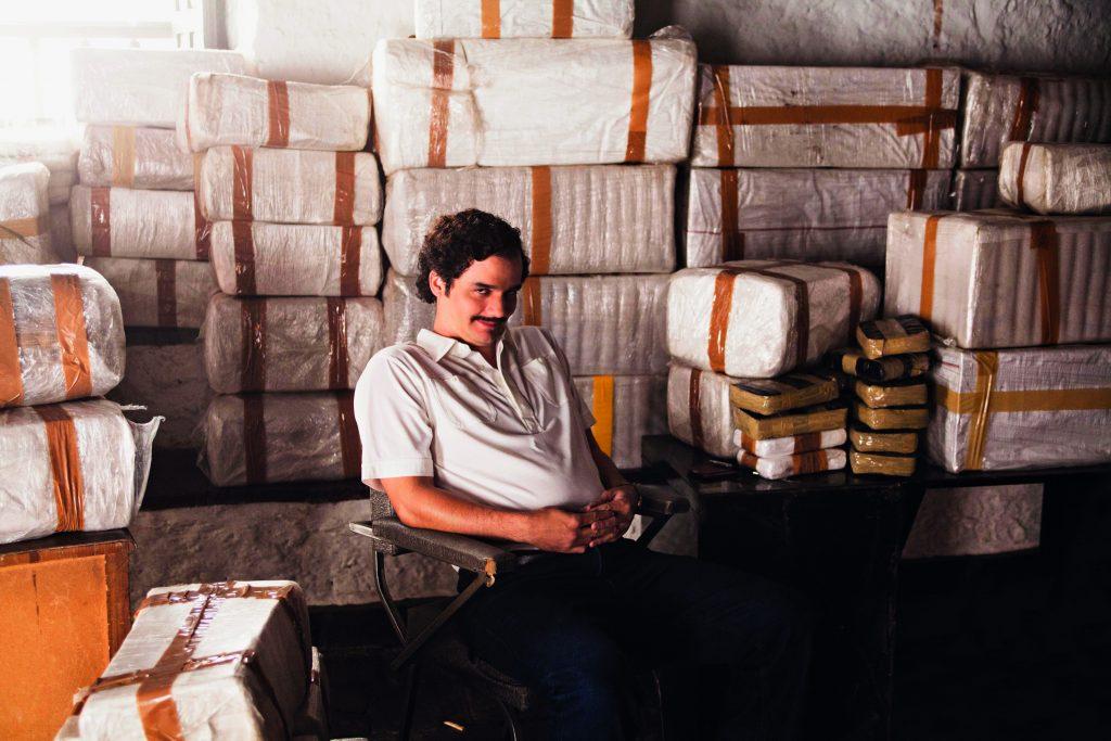Wagner Moura como Pablo Escobar em Narcos: retrato da América do Sul | © Divulgação