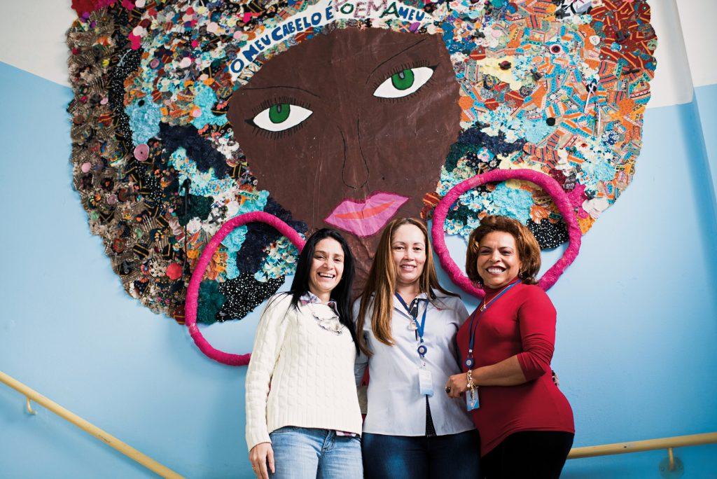 Da esquerda para direita: Débora Ribeiro, professora da Fundação; Rosângela Marinelli, diretora da Casa Topázio; e Sônia dos Santos, pedagoga da instituição.