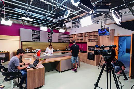 videoaulas nas escolas