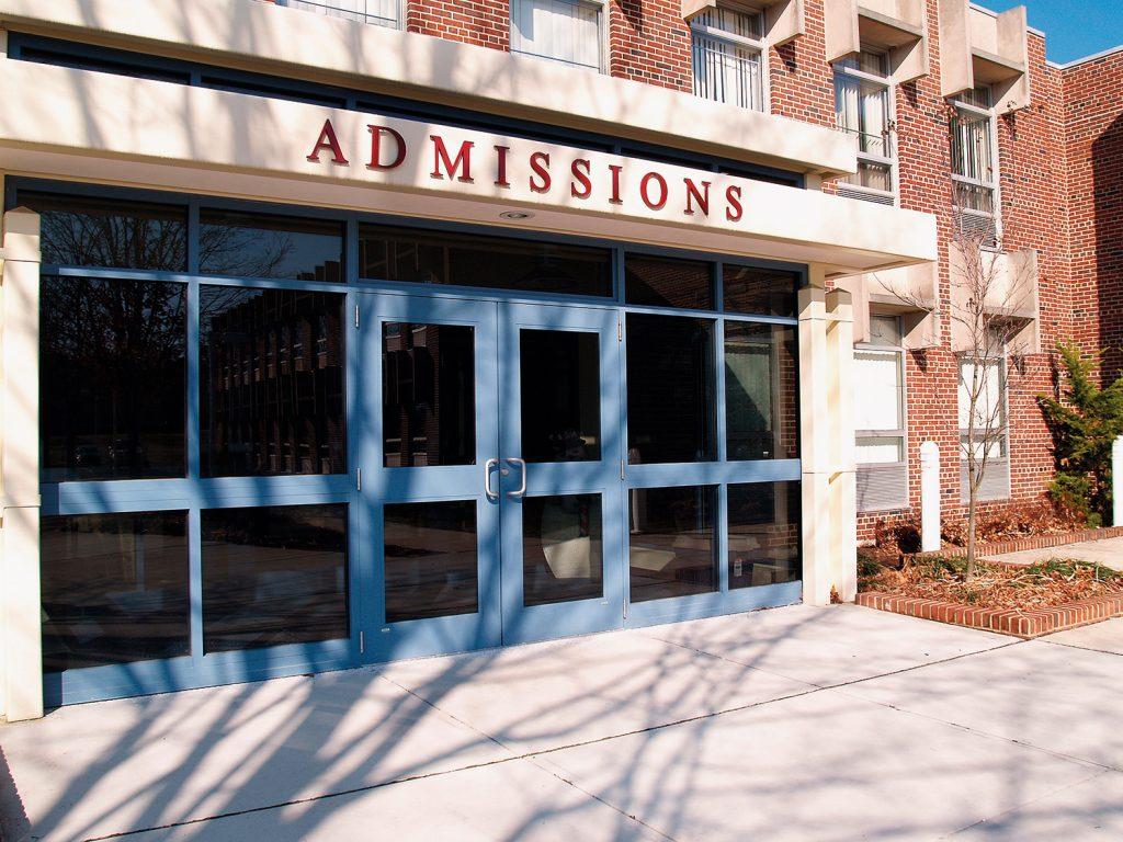 universidades dos EUA com  fraudes